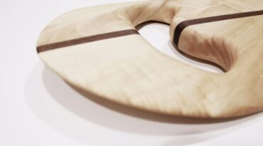 Handplane aus Pappel und Mahagoni