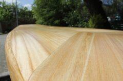 Holz-Oberdeck des SUP