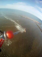 Alaia Cruising vor Miniwellen
