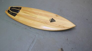 5,8'er Kite-Surfboard mit Fishtail