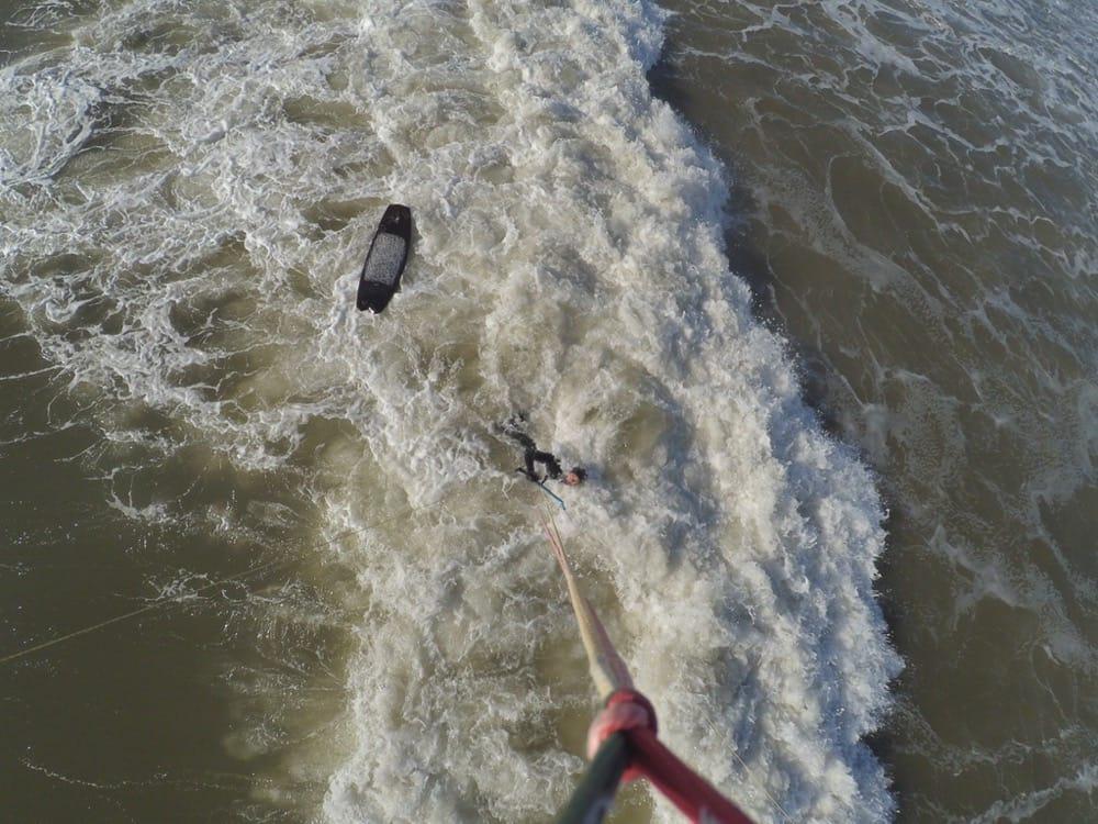 Schwarzes Surfbrett