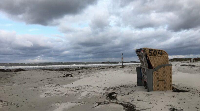 Herbstlicher Strand in Heidkate bei Kiel