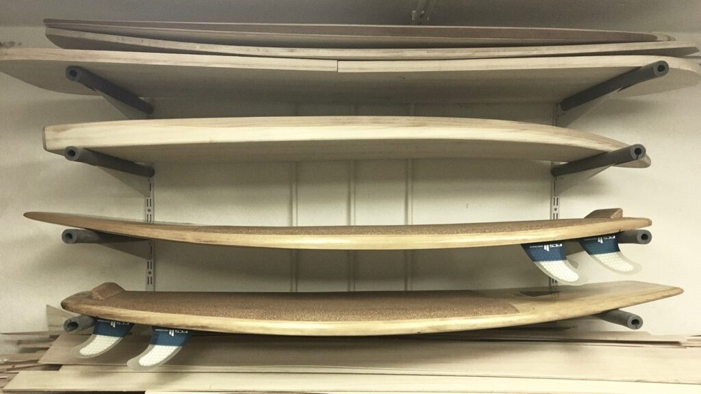 Surfboard-Regal Werkstatt