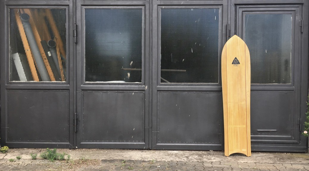 Wooden Alaia 5,7 for kitesurfing