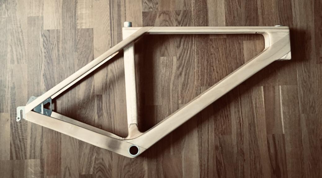 MTB-Rahmen aus Paulownia-Holz
