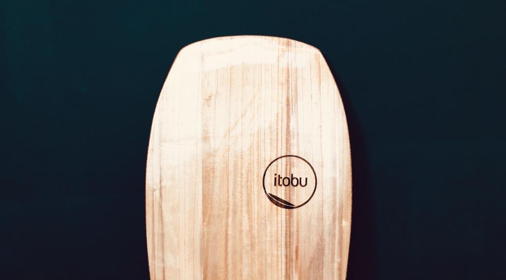 Nose des 5,2' Paipo-Surfboards aus Paulownia