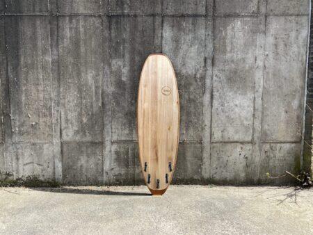 Unterseite pur Holz