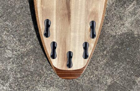 Mahagoni-Tail mit fünf FCS2-Finnenkästen