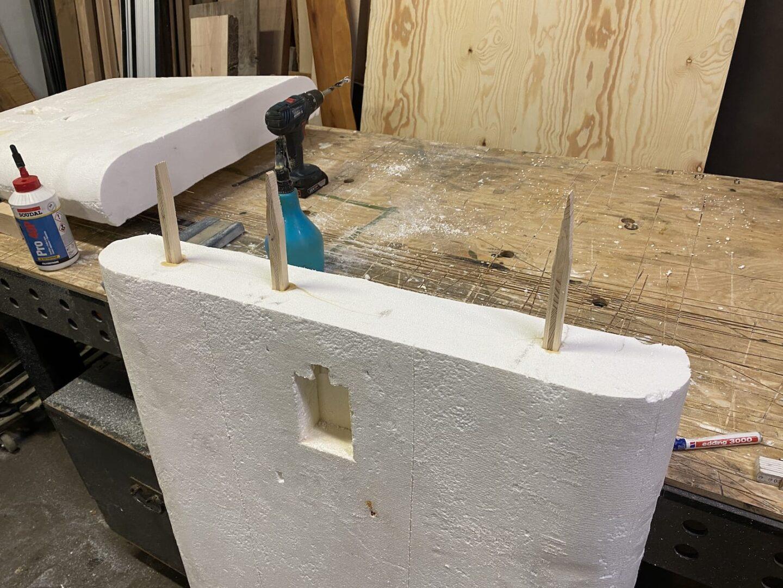 Holz-Verstärkungen an Verbindungsstelle
